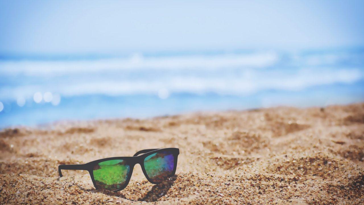 beach 1 1280x720 - 自分の力で稼ぎ、人生の選択肢を増やす